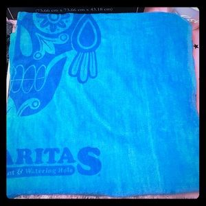 NWT set of 2 beach towels. Turquoise.